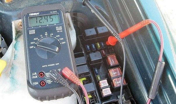 Как проверить генератор цифровым вольтметром